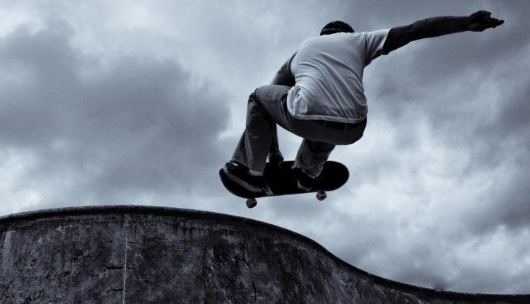 Skateboard - Esportes de Ação